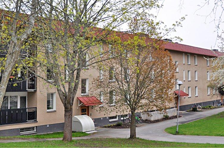 Byggmästargruppen har renoverat 64 lägenheter åt SKB i Vårberg.