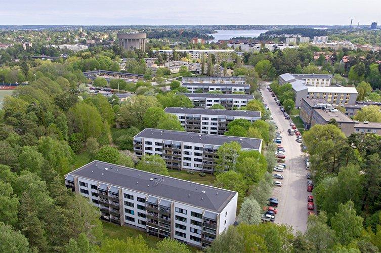 Byggmästargruppen renoverar åt Brf Räven i Solna.