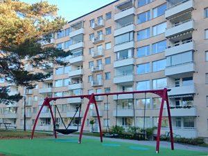 Byggmästargruppen utför stambyte med kvarboende i 276 lägenheter för HSB Brf Emaljeraren.
