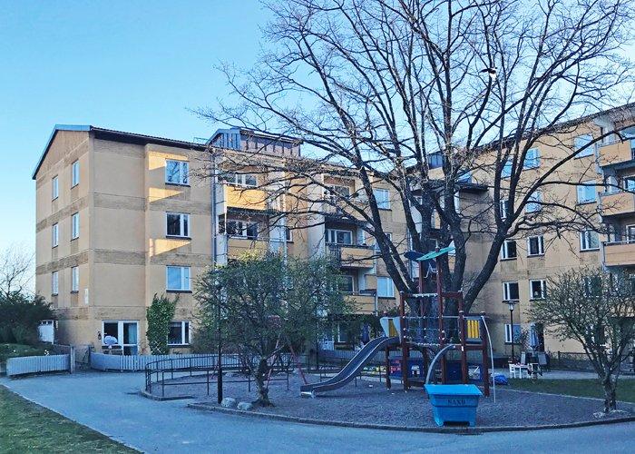 Byggmästargruppen stambyter 54 lägenheter för Brf Korallen 1 i Solna.