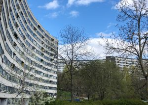 Byggmästargruppen renoverar 662 lägenheter åt HSB Brf Tanto på Södermalm i Stockholm.