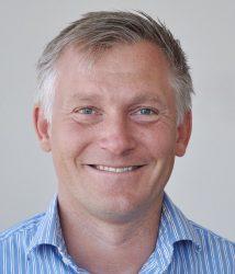 Fredrik Lundin är arbetschef och en av fyra kontaktpersoner på Byggmästargruppen ROT Bostad.